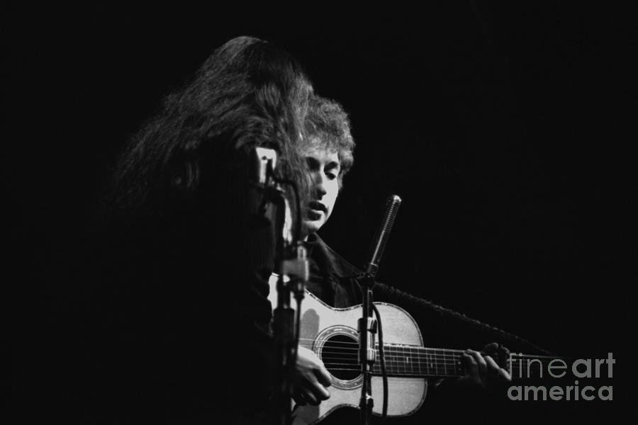 Bob Dylan with Joan Baez by Dave Allen
