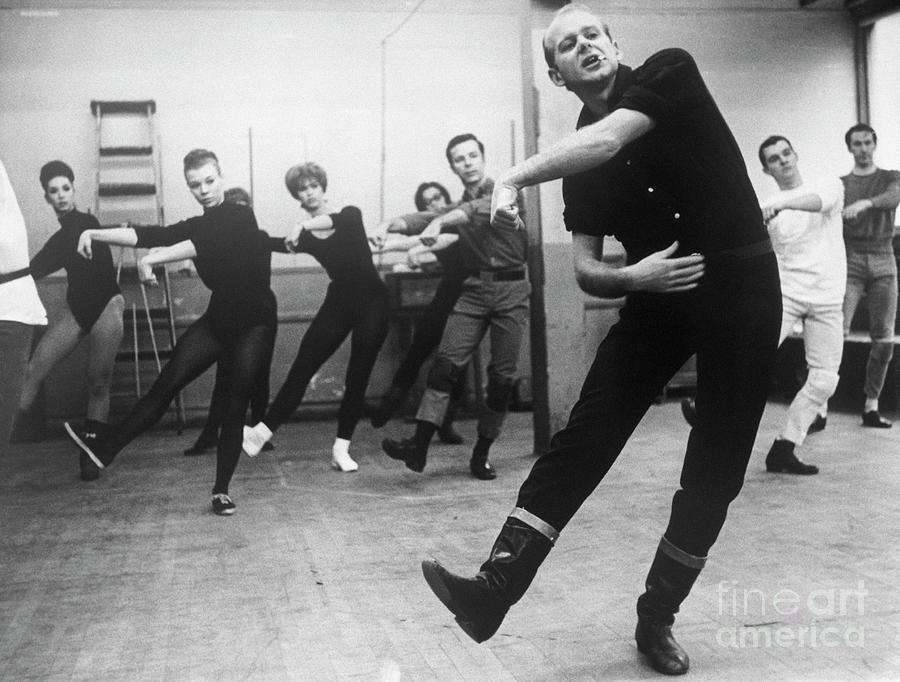 Bob Fosse Directing Dances Photograph by Bettmann