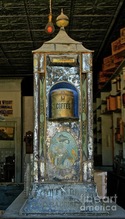 Bodie Coffee Urn by Suzanne Lorenz