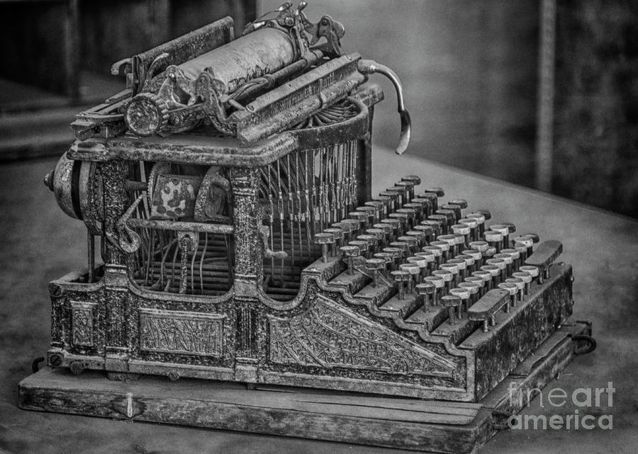 Bodie Typewriter by Sonya Lang