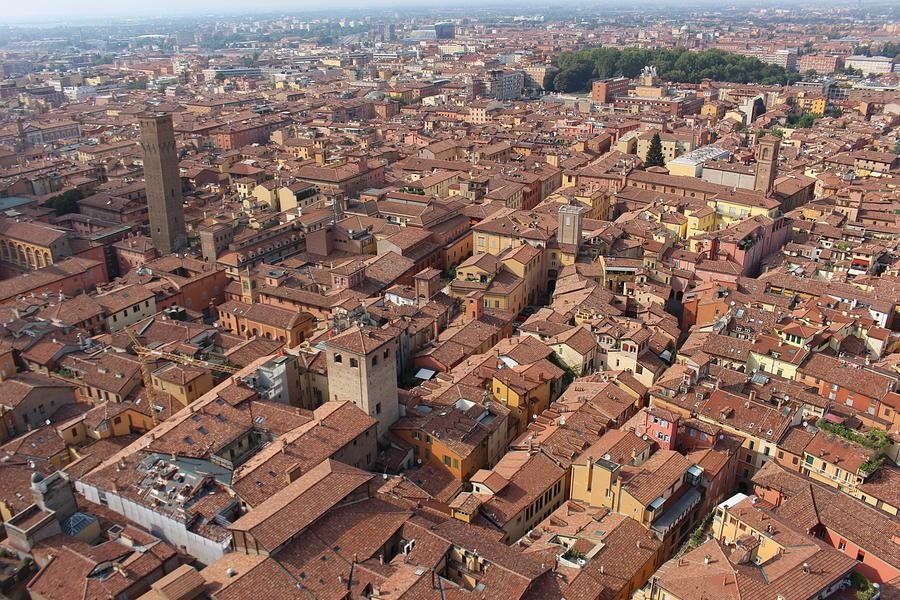 Torri Photograph - Bologna, Italy. by Nakayosisan Wld