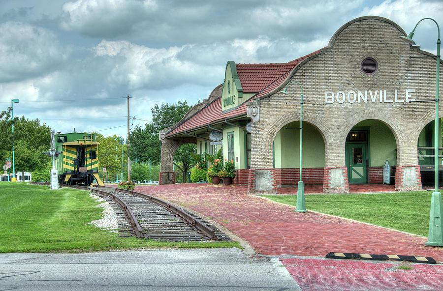 Booneville Depot by Steve Stuller