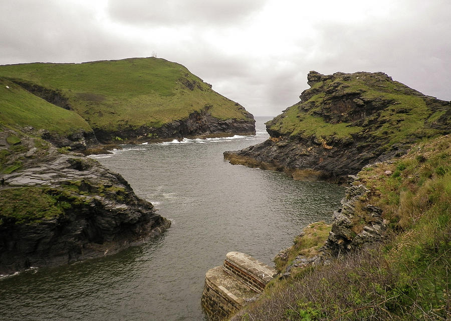 Boscastle Harbour Cliffs Cornwall by Richard Brookes