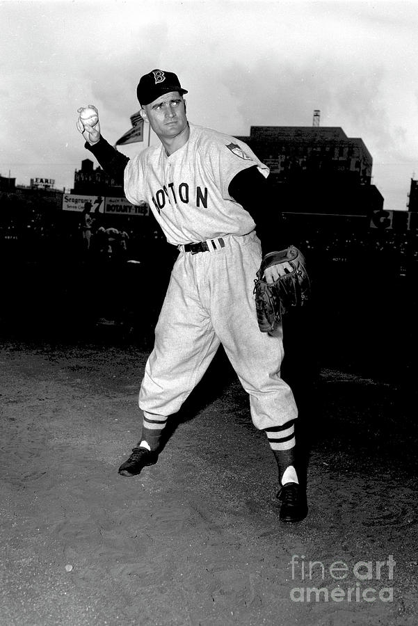 Boston Red Sox V New York Yankees Photograph by Kidwiler Collection