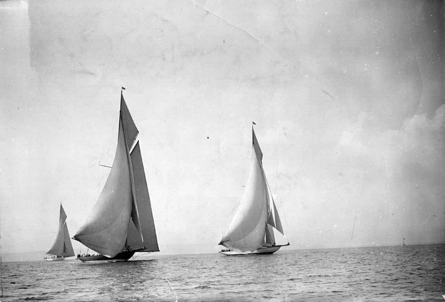 Bournemouth Regatta Photograph by Topical Press Agency