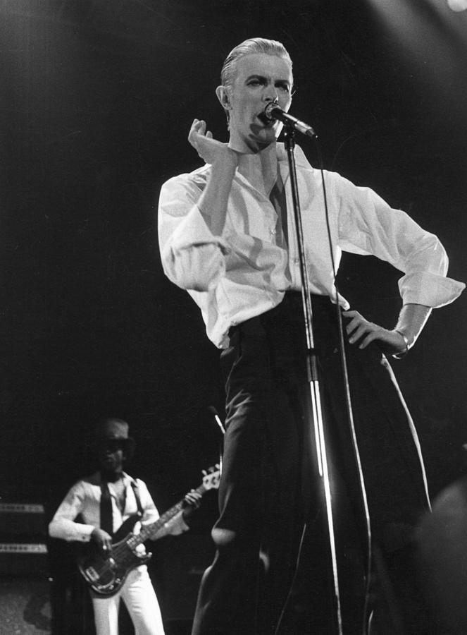 Bowie On Stage Photograph by Evening Standard