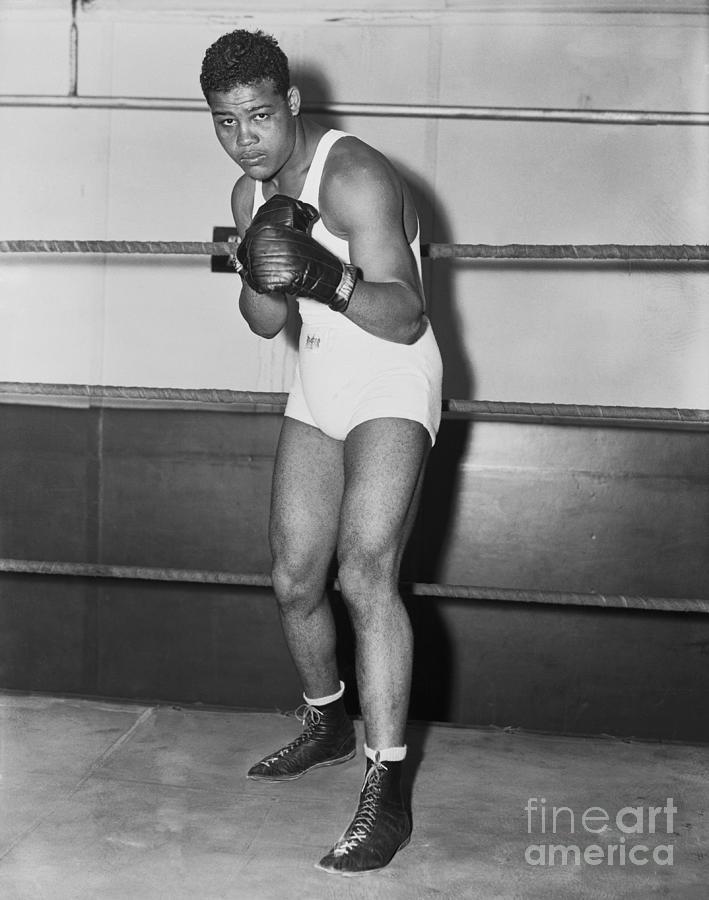 Boxing Champion Joe Louis Photograph by Bettmann