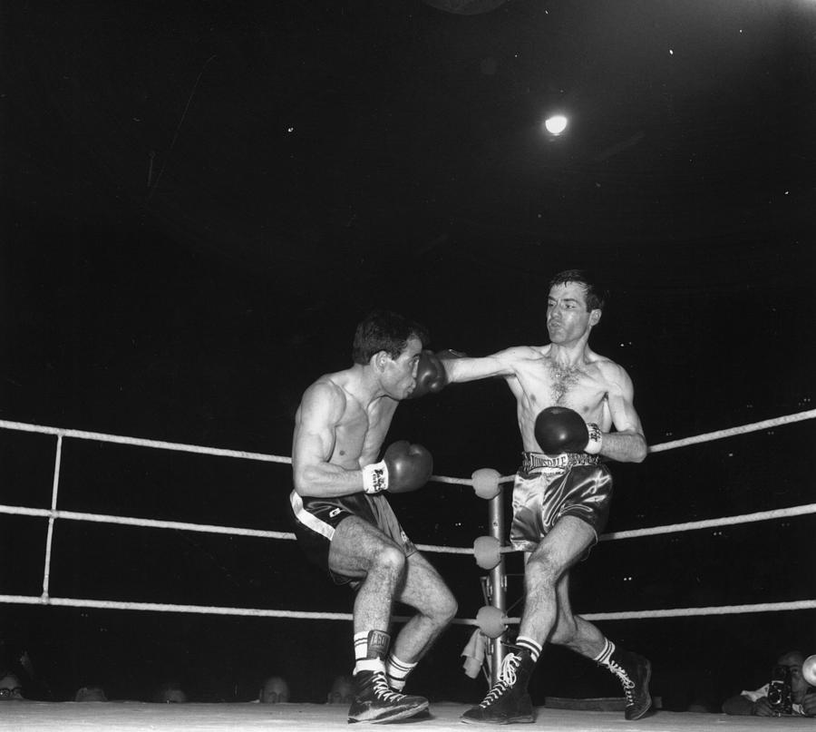 Boxing Match Photograph by Central Press