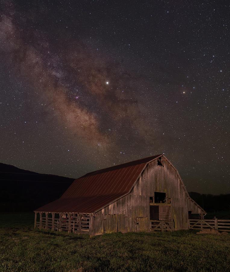 Boxley Valley Barn on Hwy 43 by Hal Mitzenmacher