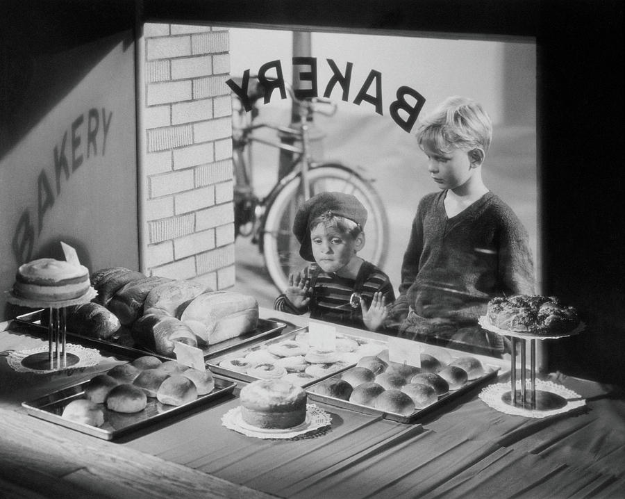 Boys 6-8 Looking At Baked Goods Through Photograph by Archive Holdings Inc.