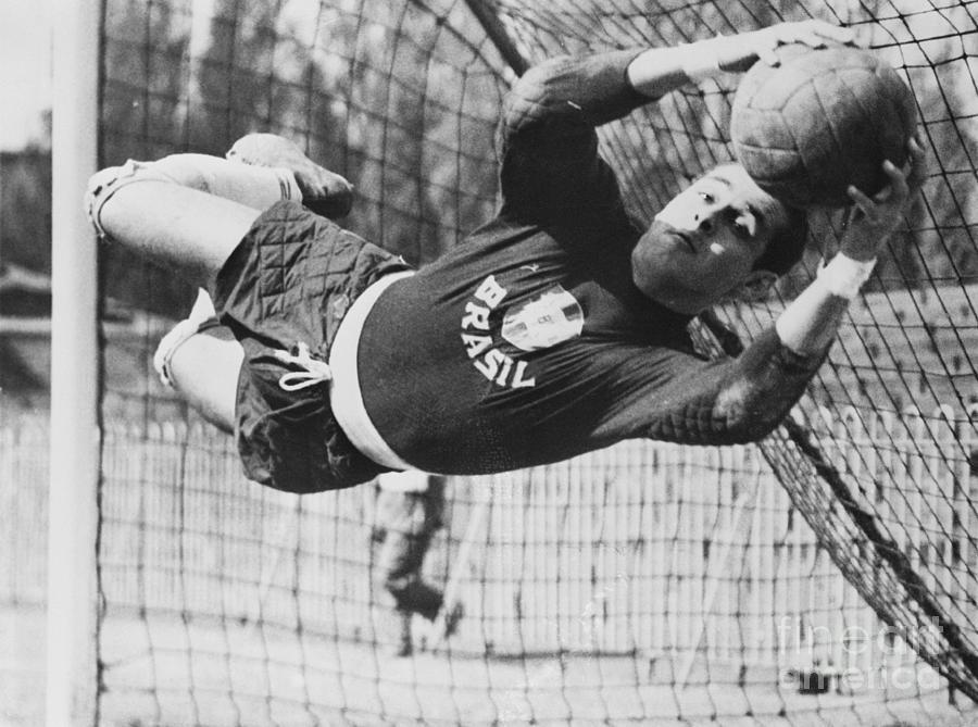 Brazils Goalie Gilmar Stopping A Goal Photograph by Bettmann