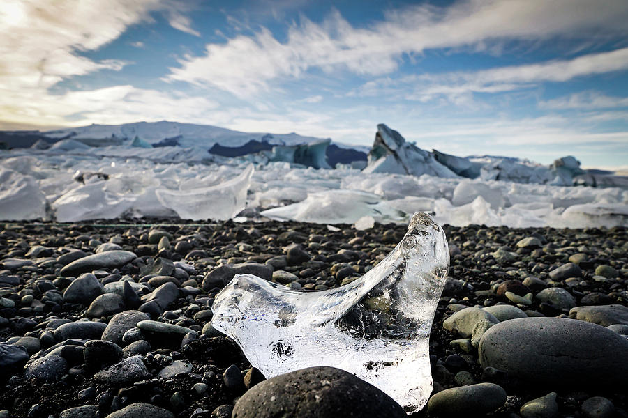Iceland Photograph - Break away by Framing Places