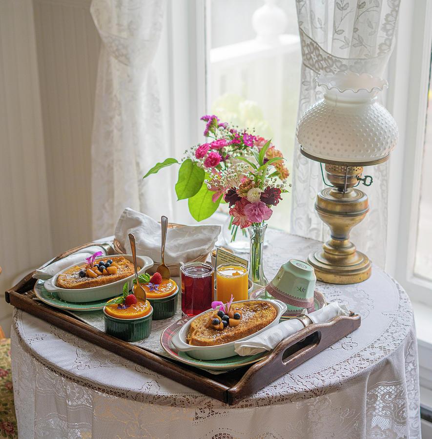 Breakfast at the Headlands Inn by Jonathan Hansen