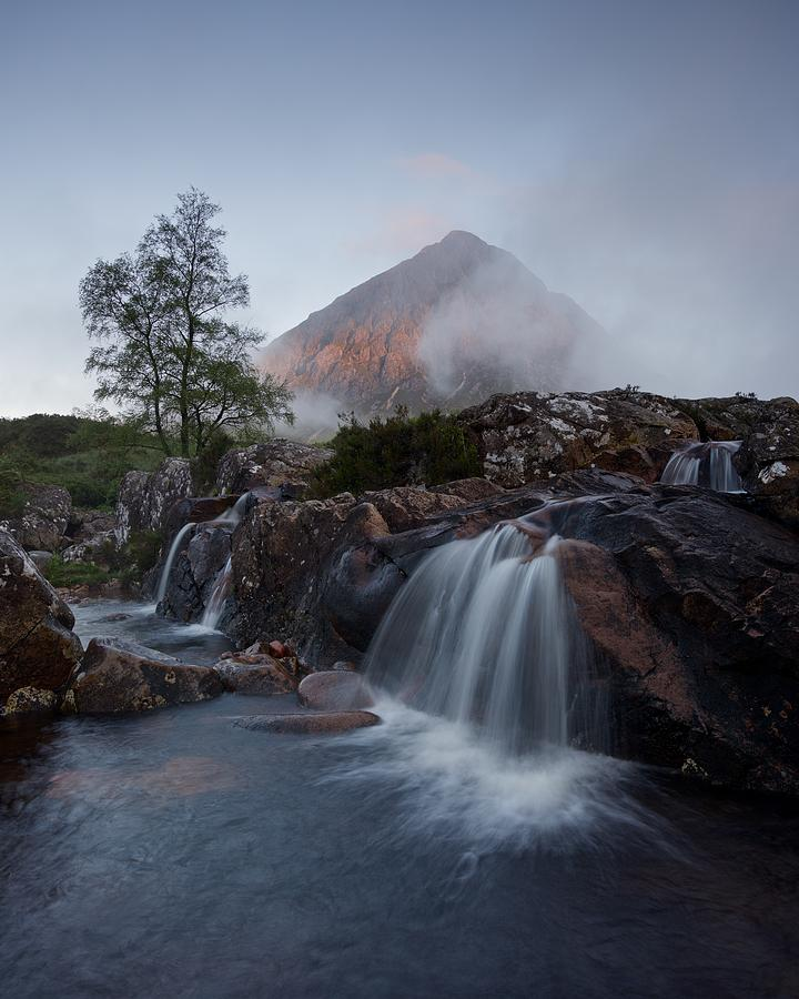 Breaking dawn in Glencoe by Stephen Taylor