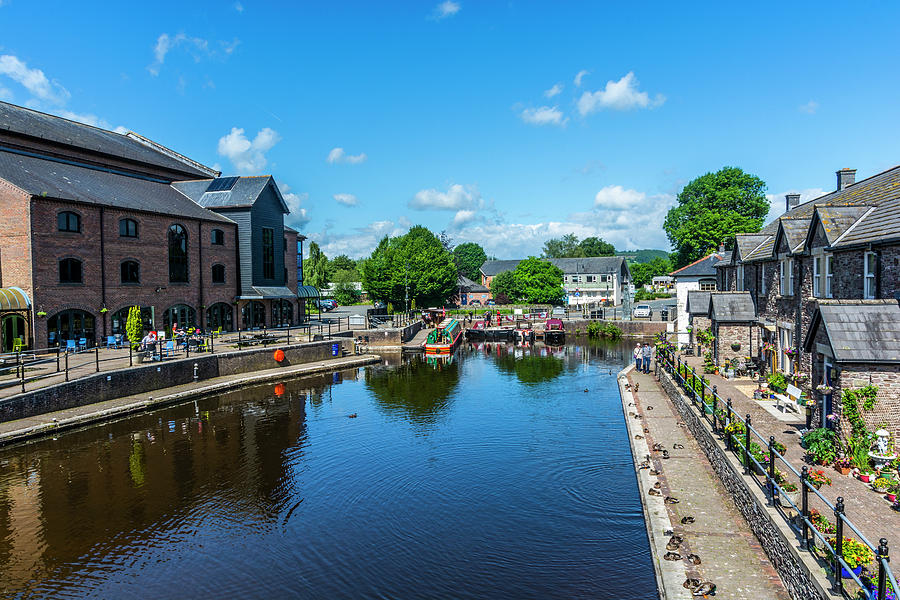 Brecon Canal Basin 2 by Steve Purnell