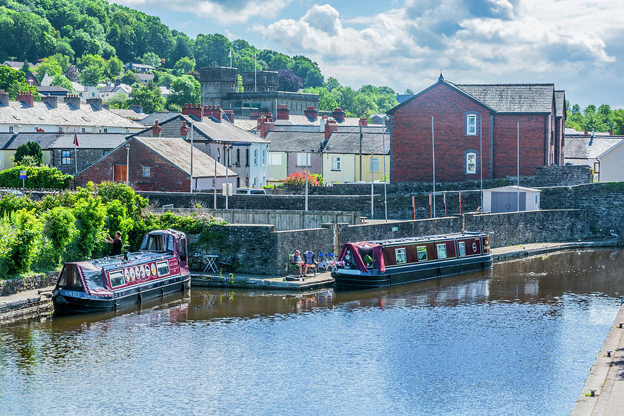 Brecon Canal Basin 4 by Steve Purnell