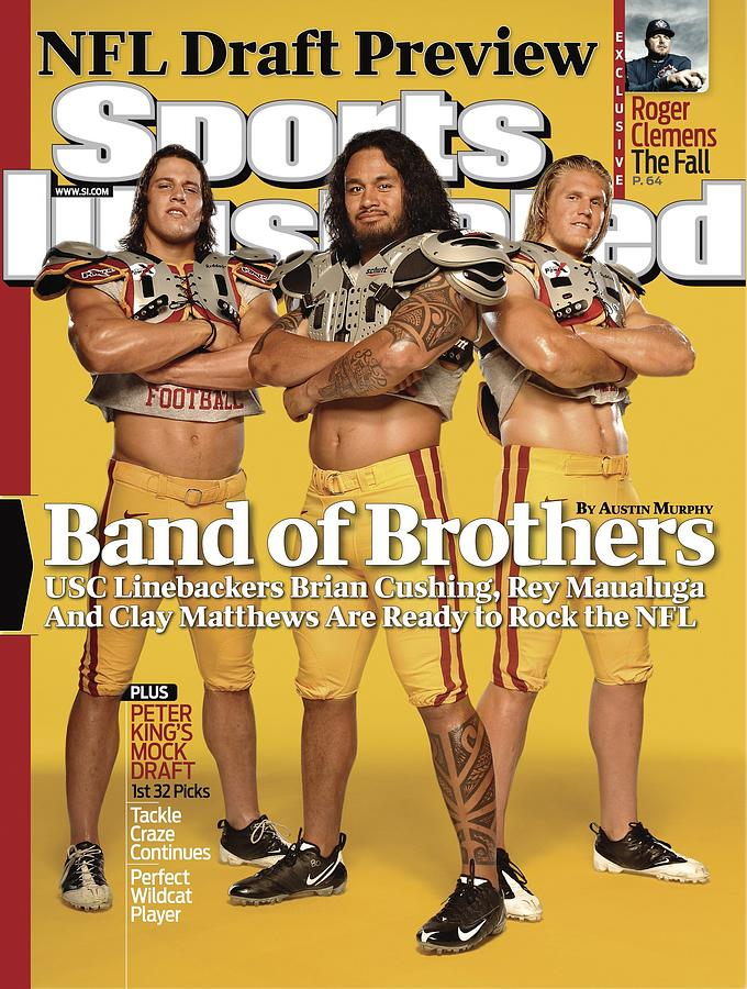 Brian Cushing, Rey Maualuga, And Clay Matthews, 2009 Nfl Sports Illustrated Cover Photograph by Sports Illustrated