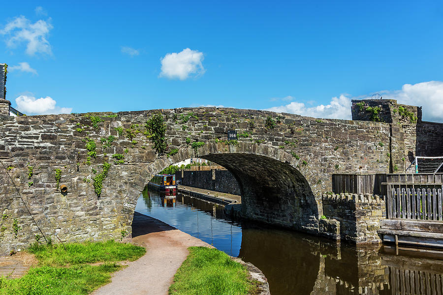 Bridge 166 Brecon Canal Basin by Steve Purnell