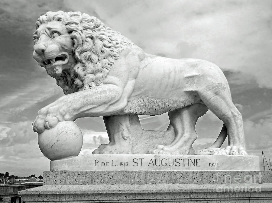 Bridge Of Lions Statue BW by D Hackett
