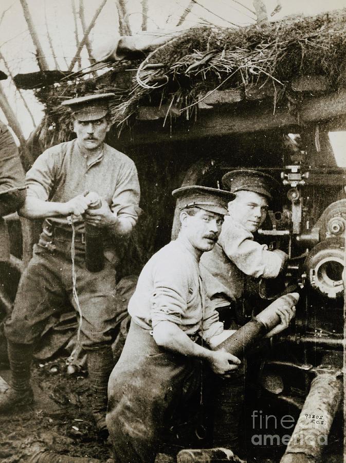 British Soldiers Loading Gunner Photograph by Bettmann