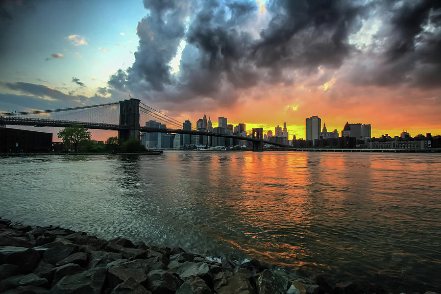 Brooklyn Bridge And Lower Manhattan Photograph by Enzo Figueres