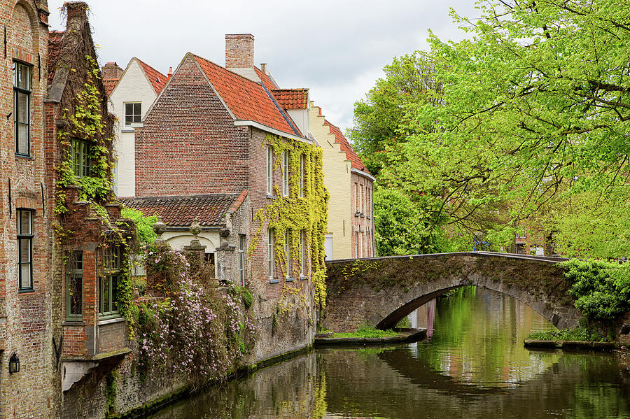 Bruges Footbridge Over Canal by Nathan Bush