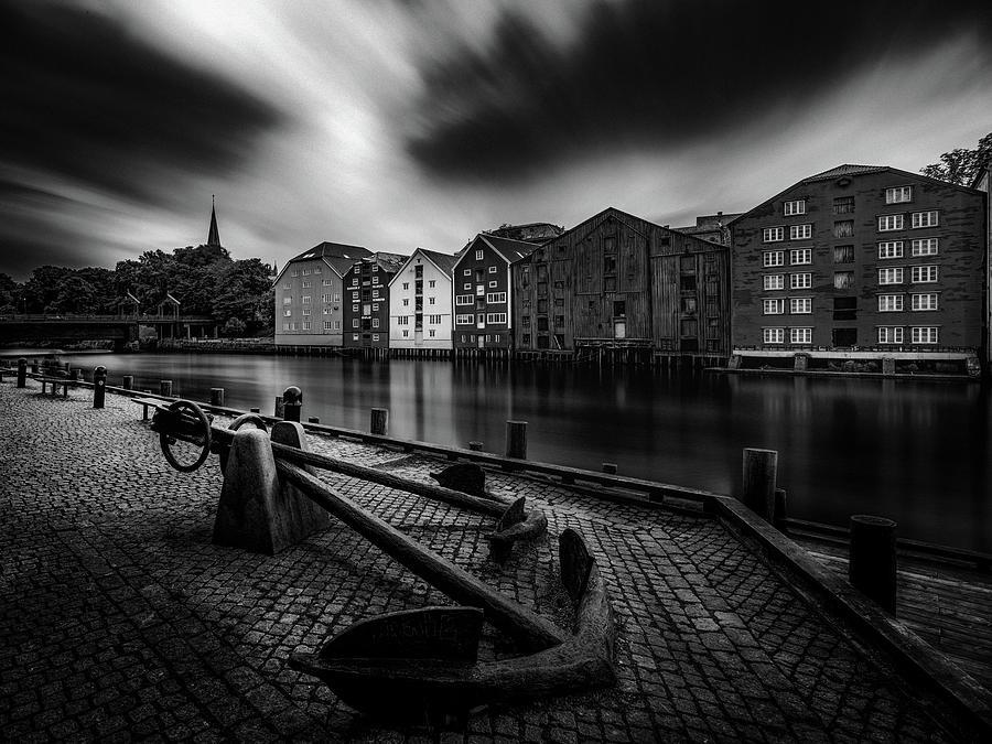 Bryggene in Trondheim  by Aziz Nasuti
