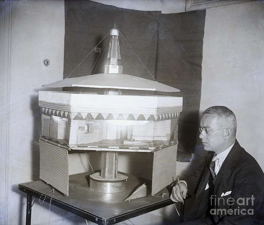 Buckminster Fuller With Dymaxion House Photograph by Bettmann
