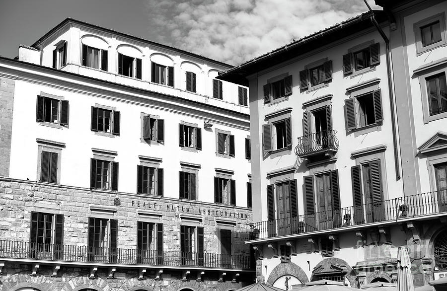 Building Photograph - Building Style At Piazza Della Signoria In Florence by John Rizzuto