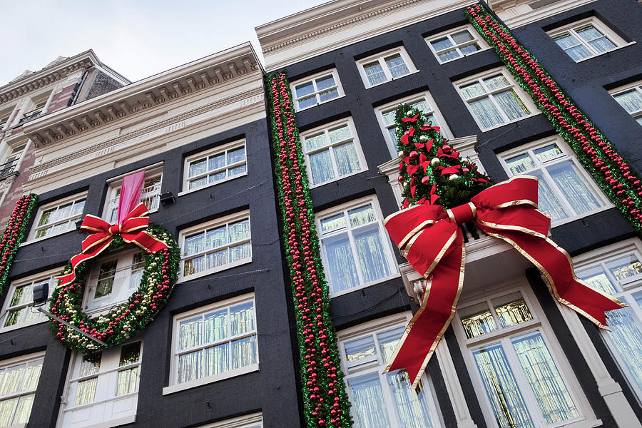 Buildings With Christmas Decoration Xxl Photograph by Toos