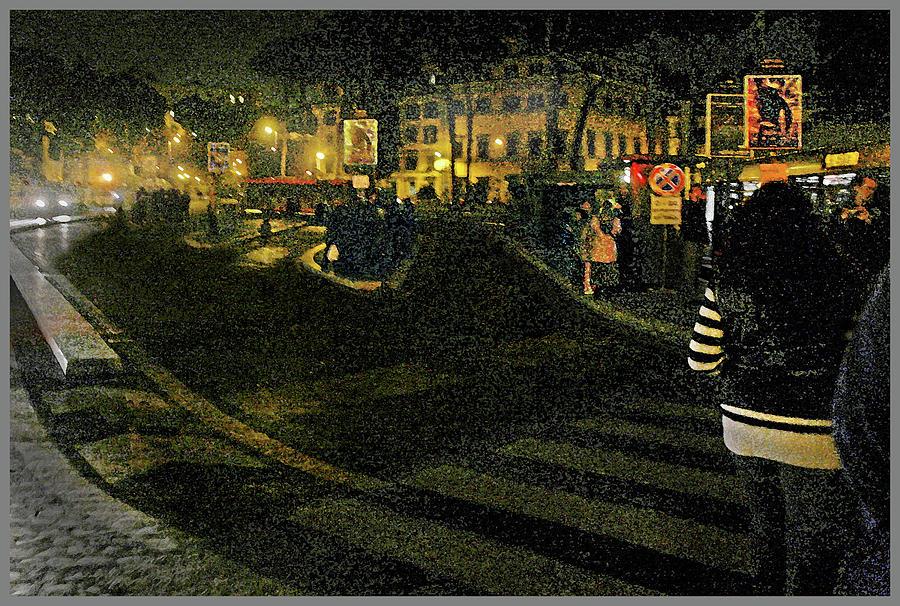 Bus Stop- Piazza Venezia by Guy Ciarcia