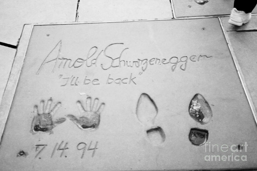 Bw Version Arnold Schwarzenegger Hollywood Boulevard Chinese Theater Photograph