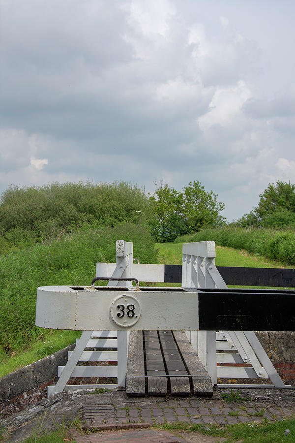 Canal Photograph - Caen Hill Lock 38 by Steev Stamford