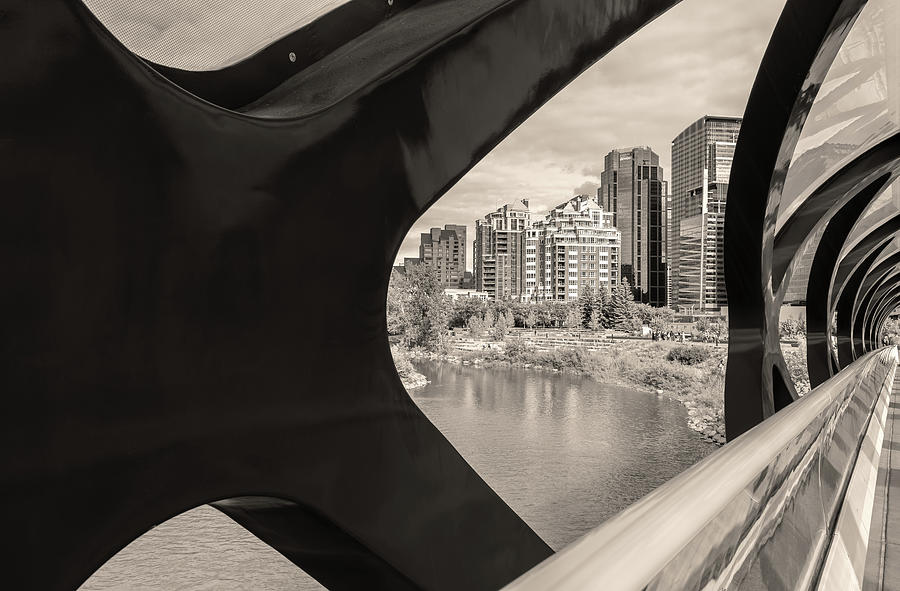 calgary structures bw by Jonathan Nguyen
