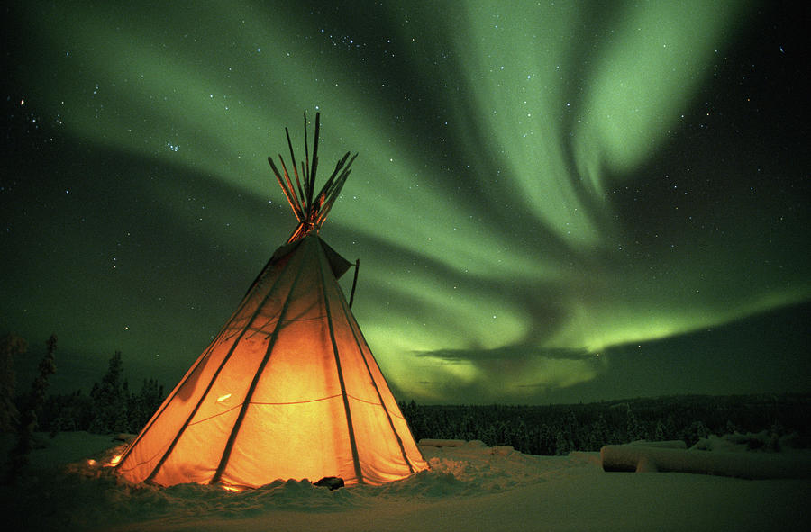 Canada, Northern Lights Aurora Borealis Photograph by Kevin Schafer