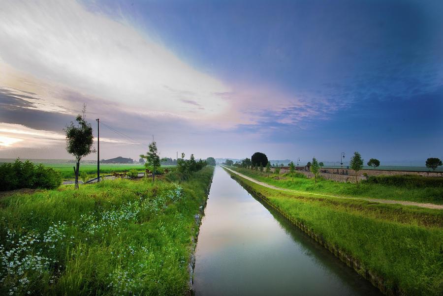 Canal De Lourcq - Precy Sur Marne - Photograph by © Nicolas Gaire