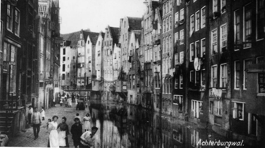 Canalside Houses Photograph by Hulton Archive