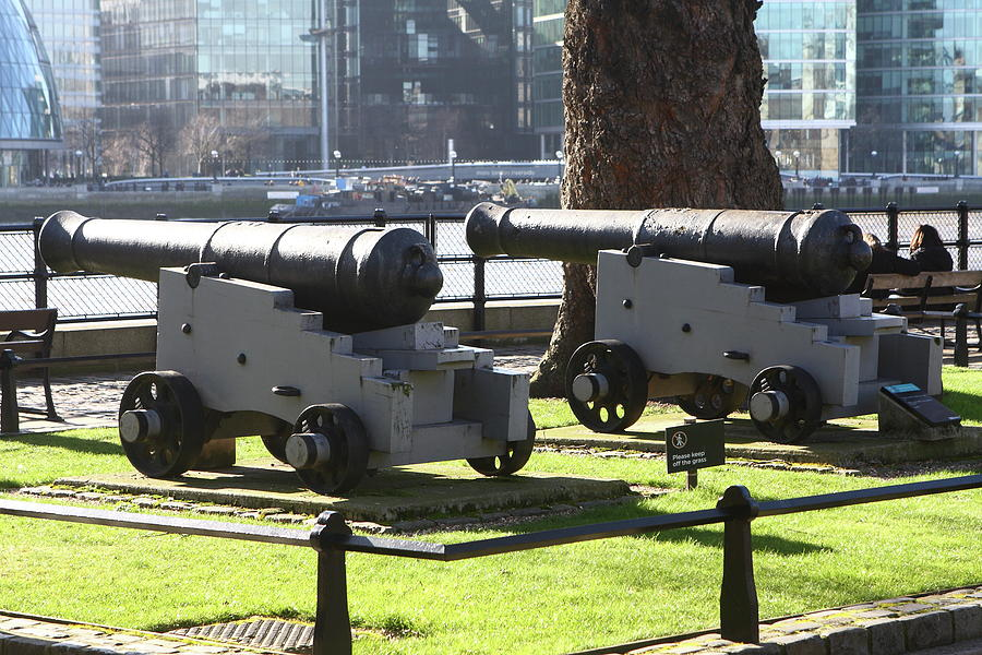 Canon At The Tower Of London Photograph