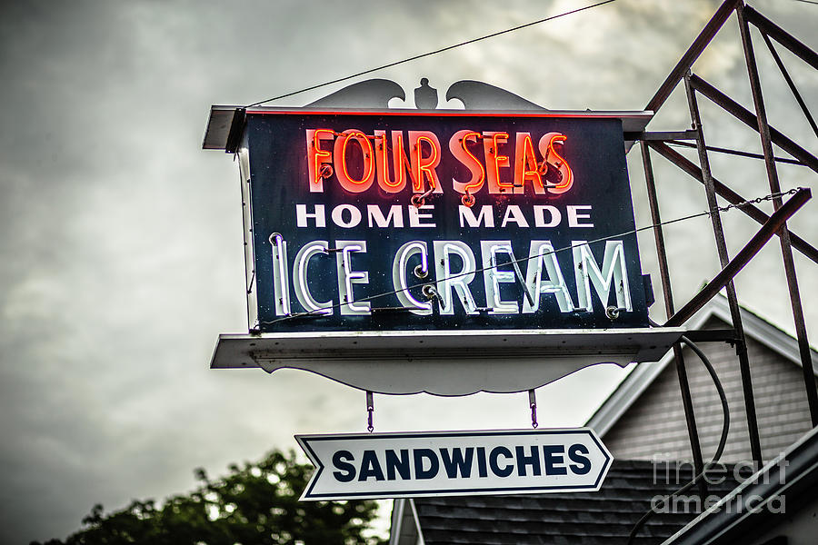 Cape Cod Photograph - Cape Cod Four Seas Home Made Ice Cream Neon Sign by Edward Fielding