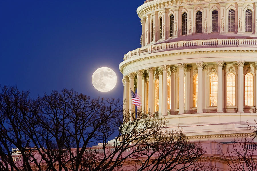 Capitol Moonrise Photograph by Ssucsy