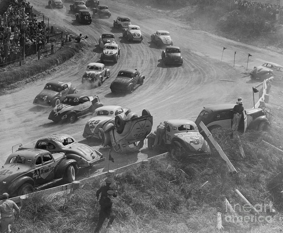 Car Crash During Daytonas Speed Week Photograph by Bettmann