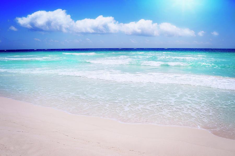 Caribbean Sea Shore In Sun Shine Photograph by Mableen