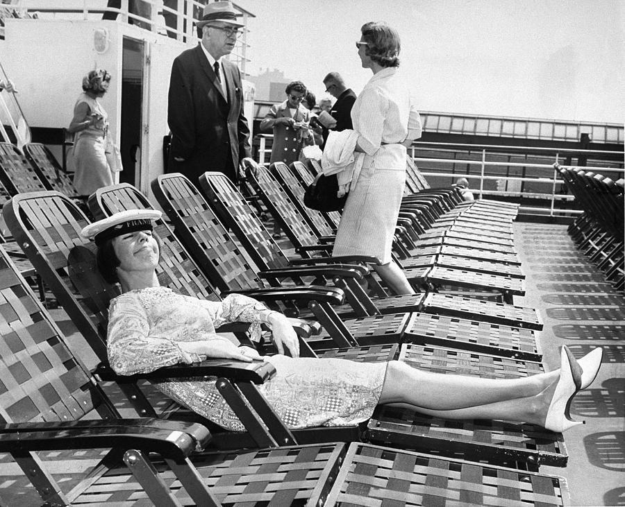 Carol Burnett Relaxes In A Deck Chair Photograph by New York Daily News Archive