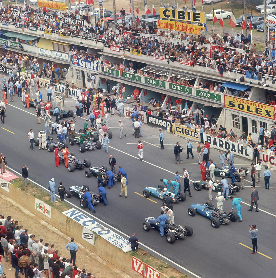 Cars Lining Up On The Starting Grid Photograph by Heritage Images