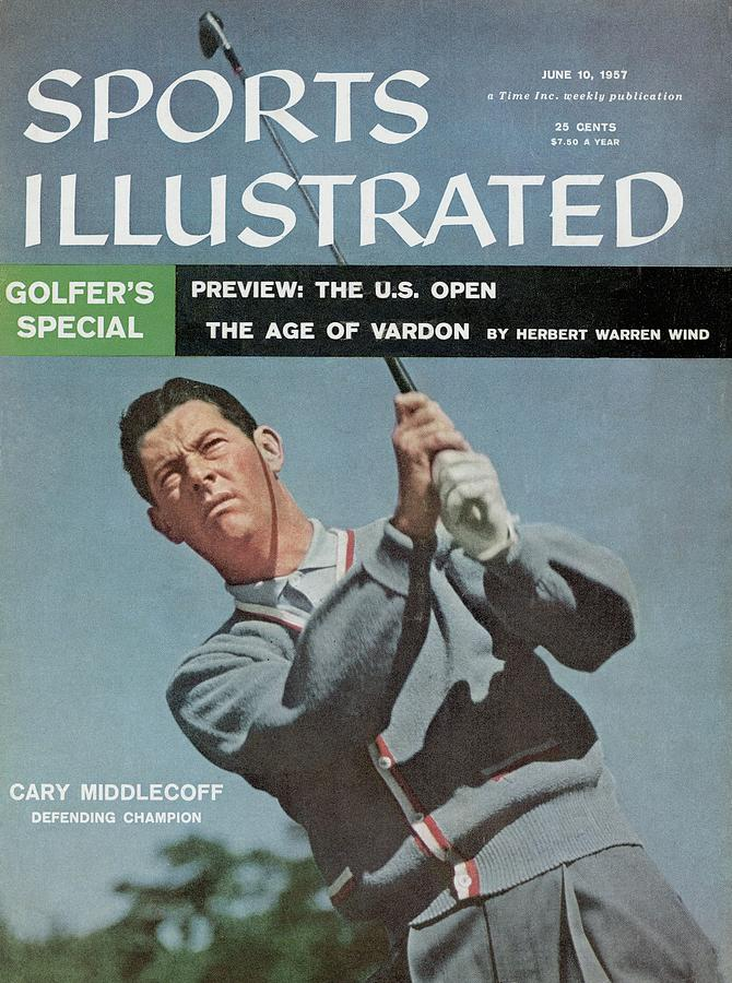 Cary Middlecoff, Golf Sports Illustrated Cover Photograph by Sports Illustrated
