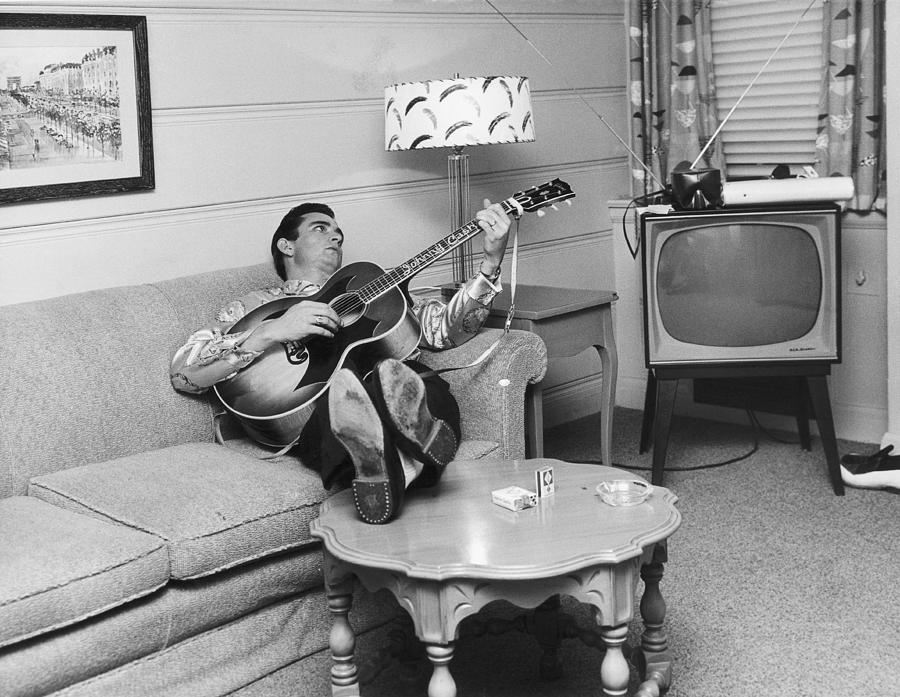 Cash In Nashville Photograph by Michael Ochs Archives