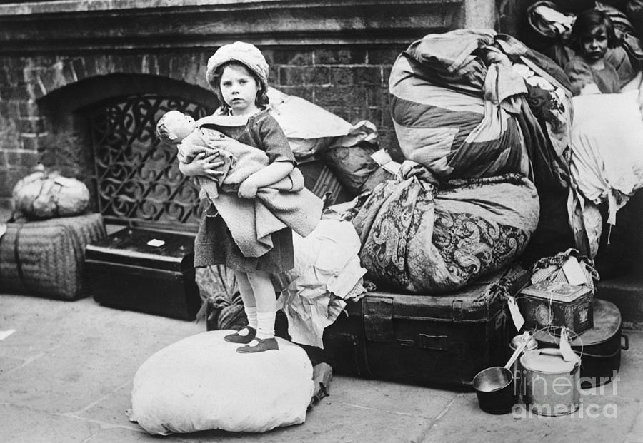 Catholic Refugee From Belfast Arrives Photograph by Bettmann