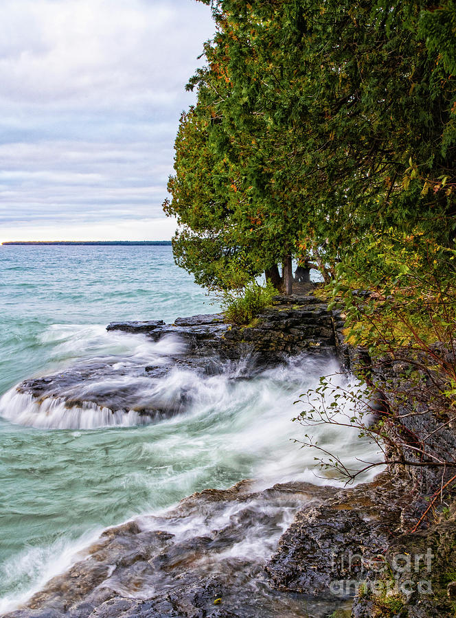 Cave Point Park Door County Wisconsin Lake Michigan by Wayne Moran