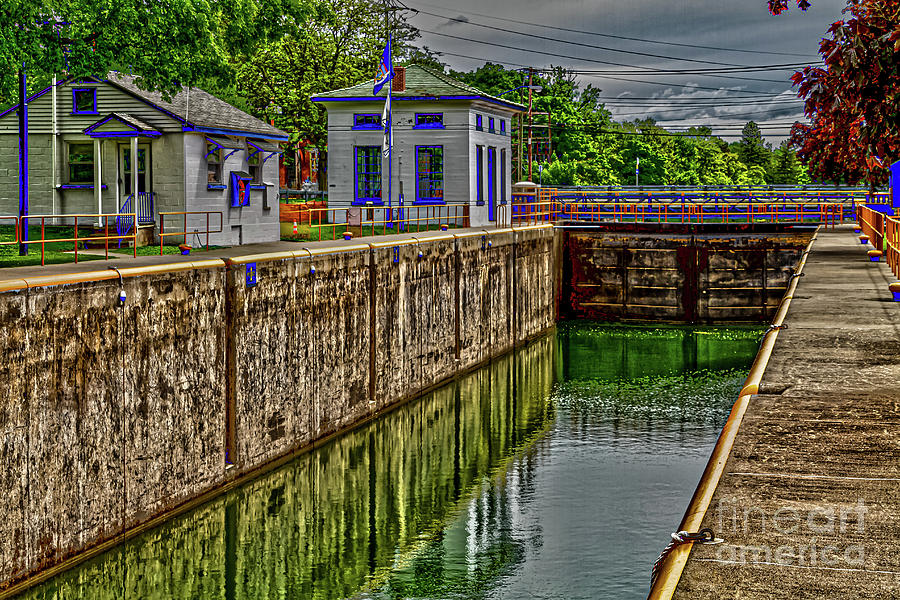 Cayuga Seneca Canal Lock 4 by William Norton