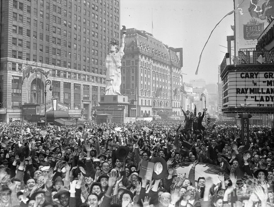 Celebrants In Times Square On V-e Day Photograph by Bettmann